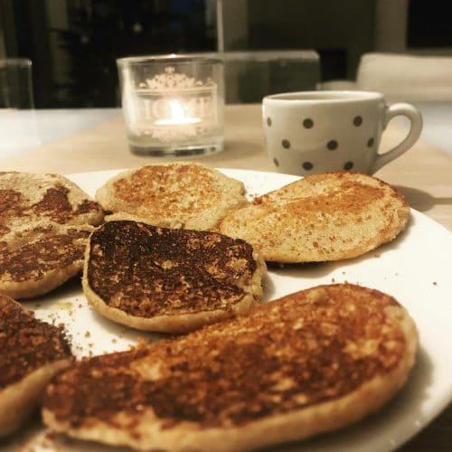 Des pancakes avec du sucre coco